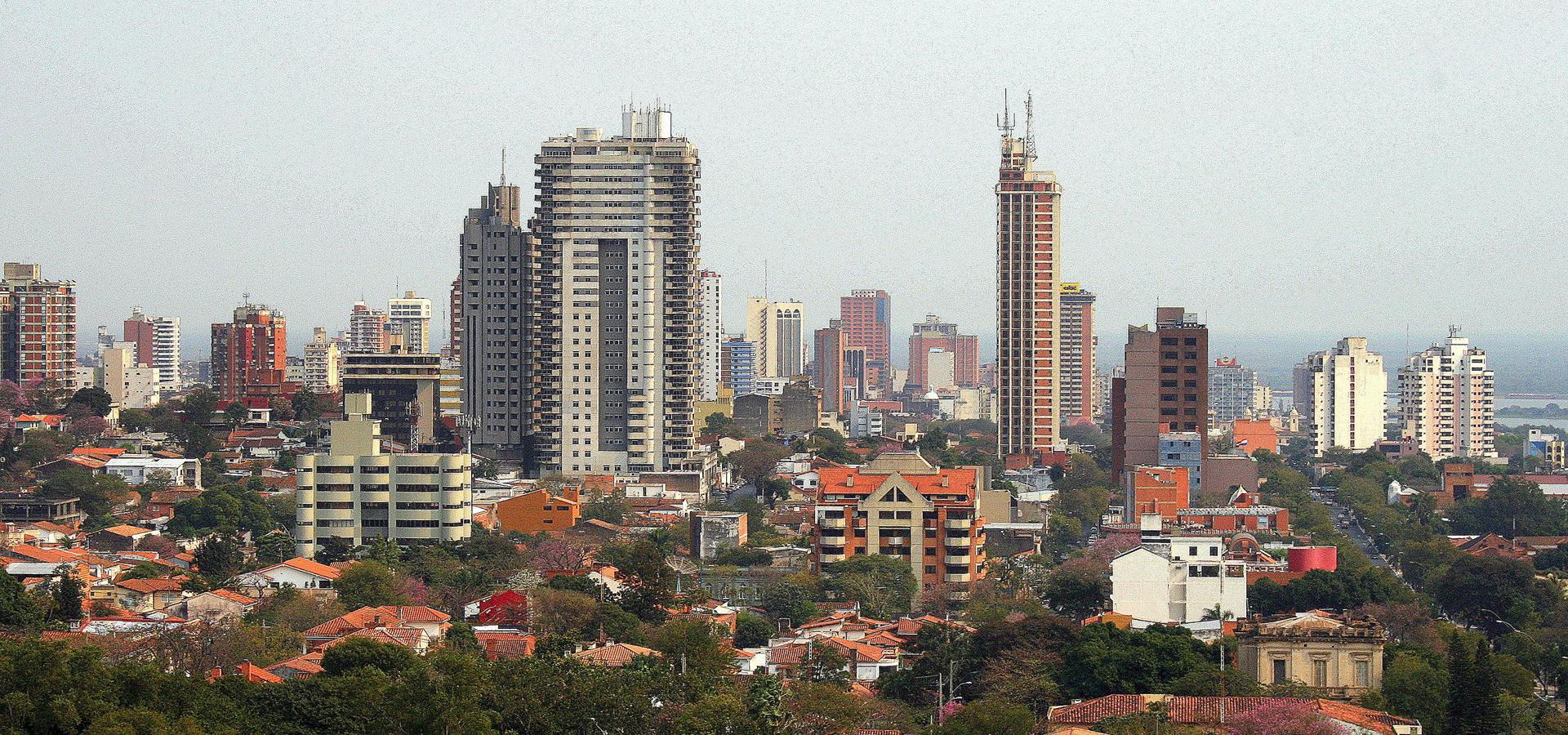 Peer-to-peer advisory in Asunción, Departamento Central, Paraguay