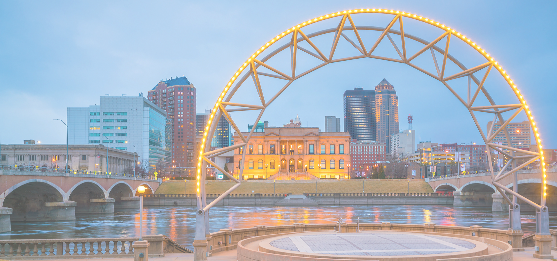 Peer-to-peer advisory in Des Moines, Iowa, USA
