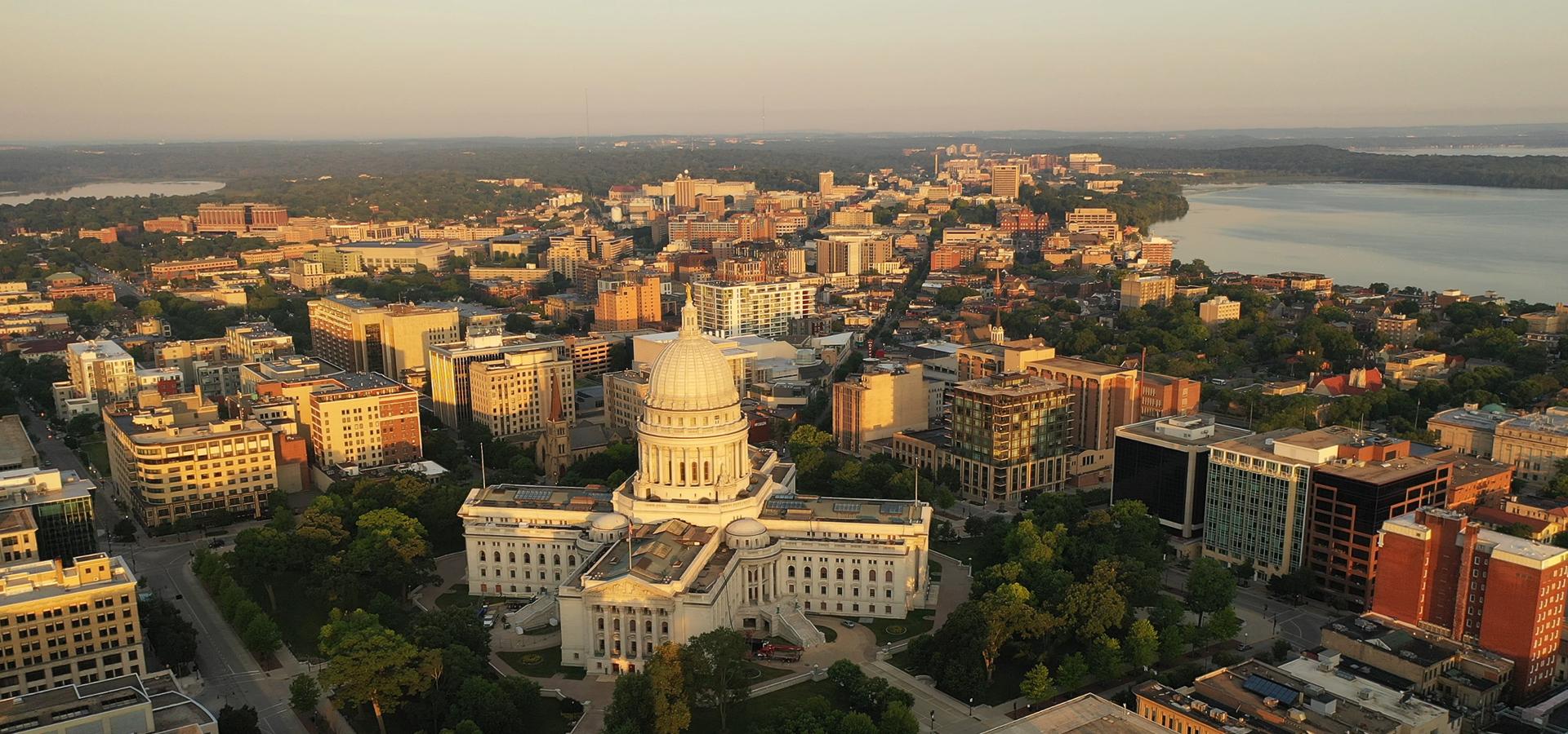 Peer-to-peer advisory in Madison, Wisconsin, USA