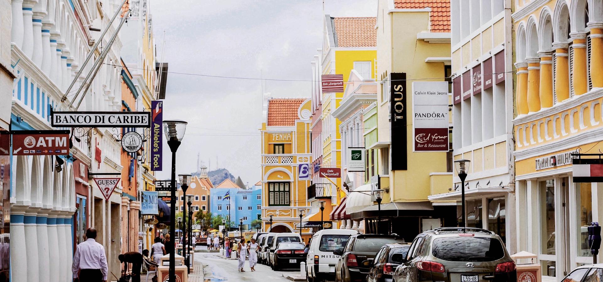 Peer-to-peer advisory in Willemstad, Curaçao