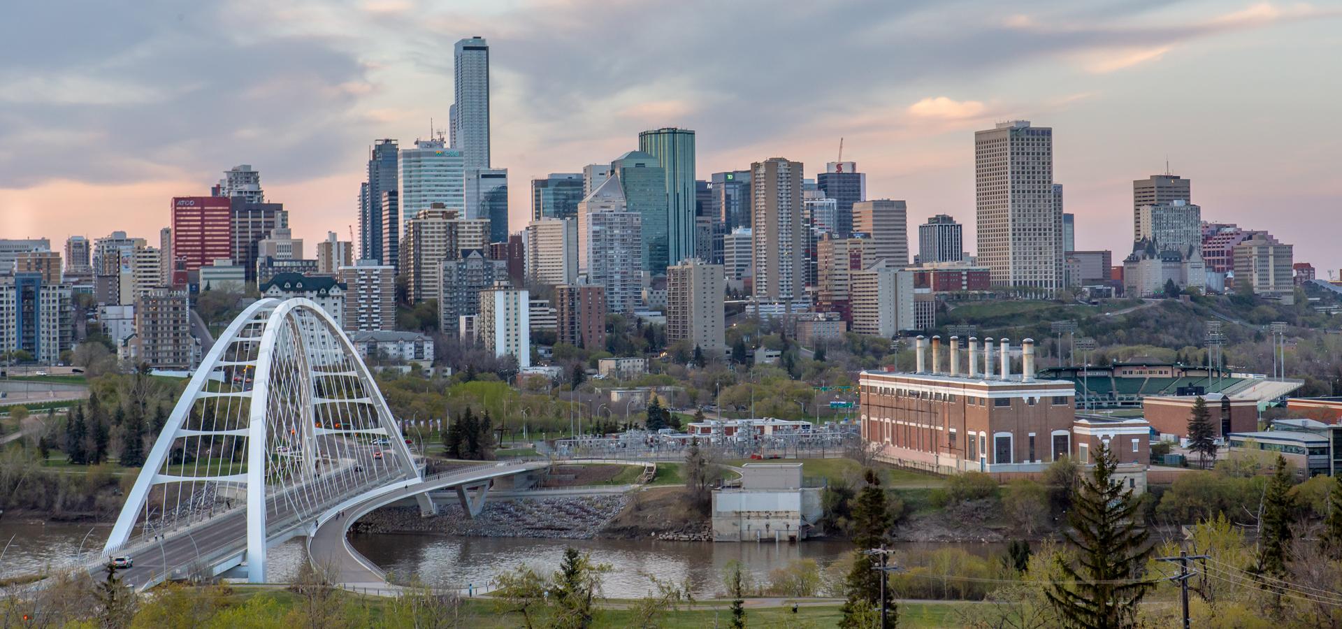 <b>America/Edmonton/Alberta</b>
