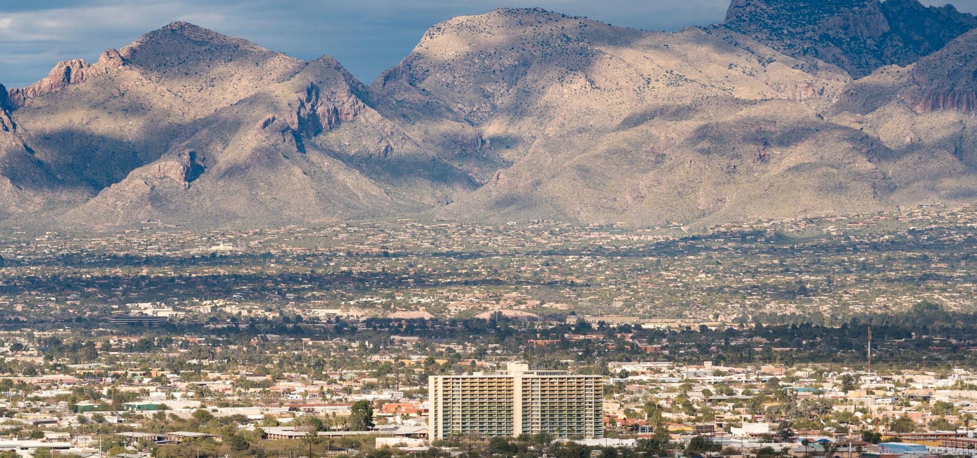 Peer-to-peer advisory in Tucson, Arizona, USA