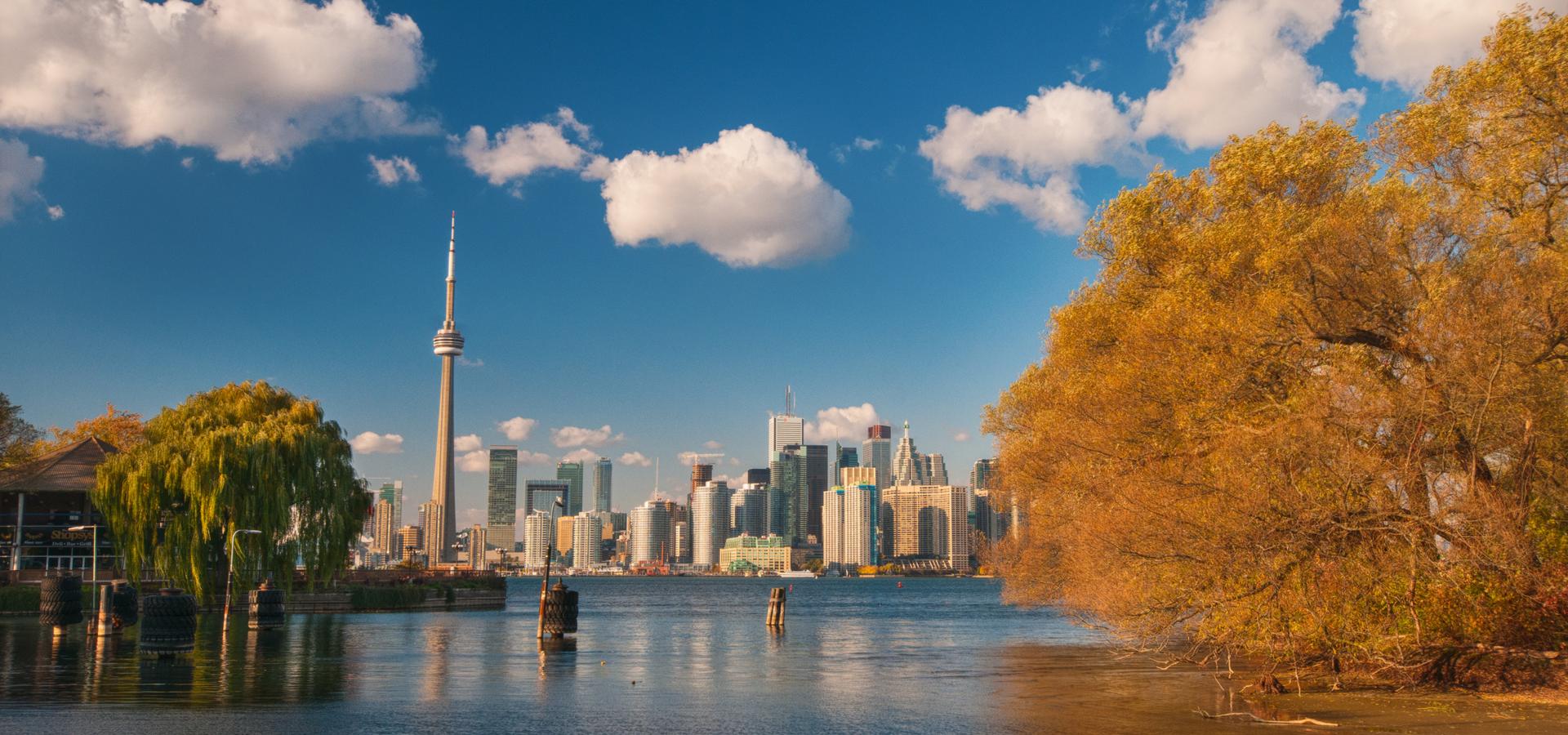 <b>America/Toronto/Ontario</b>