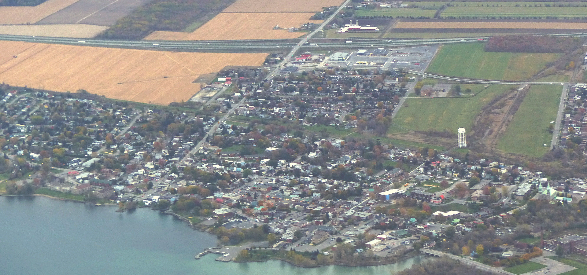 Peer-to-peer advisory in Beauharnois, Quebec, Canada