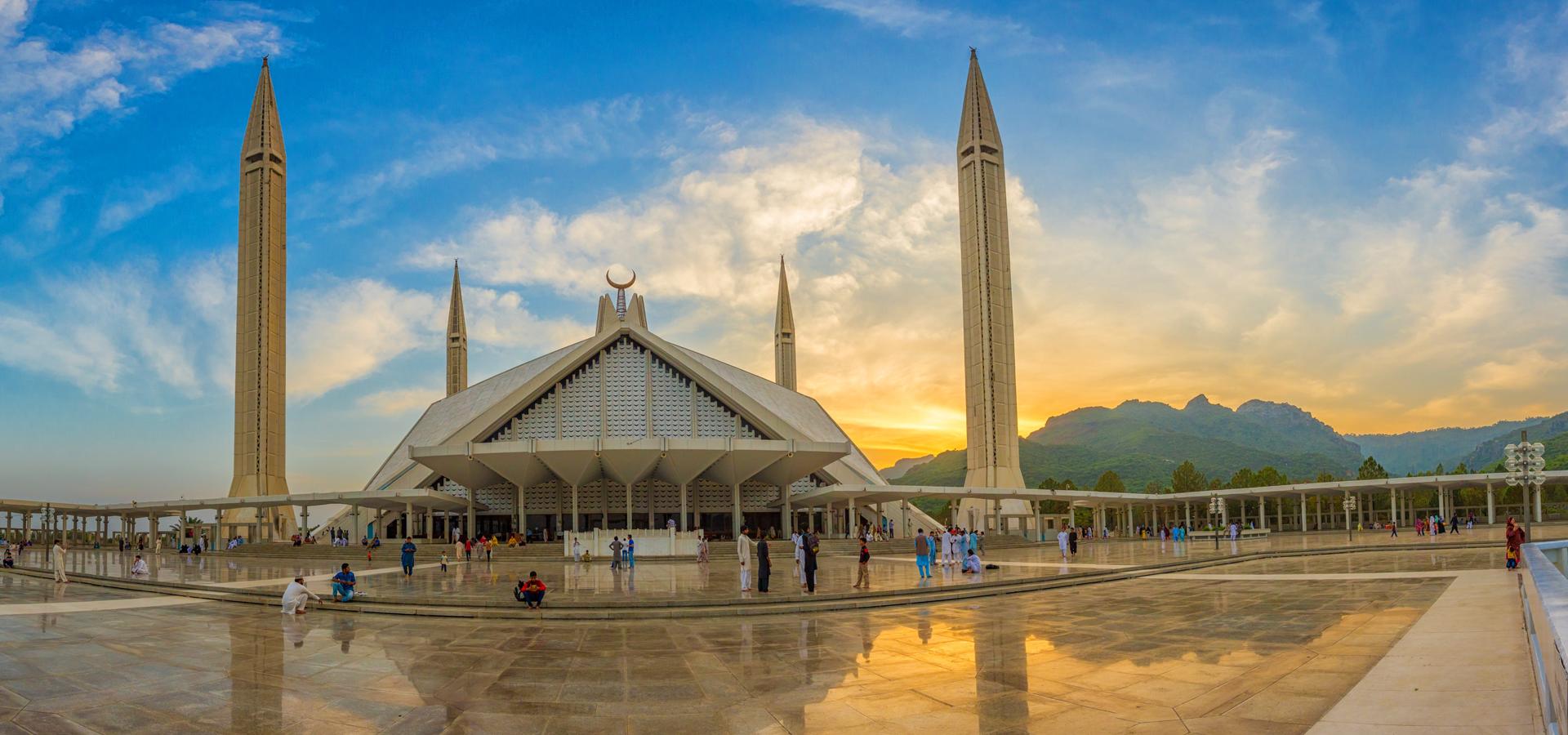 Peer-to-peer advisory in Islamabad, Pakistan