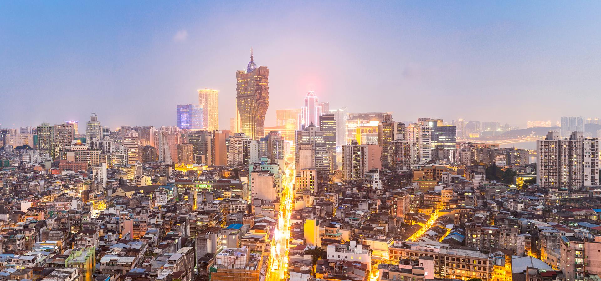 Peer-to-peer advisory in Macao
