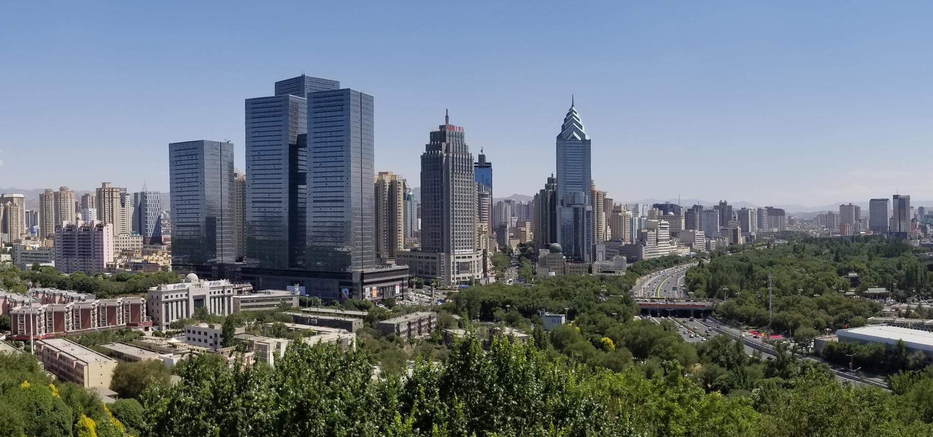 Peer-to-peer advisory in Ürümqi, Xinjiang Uyghur, China