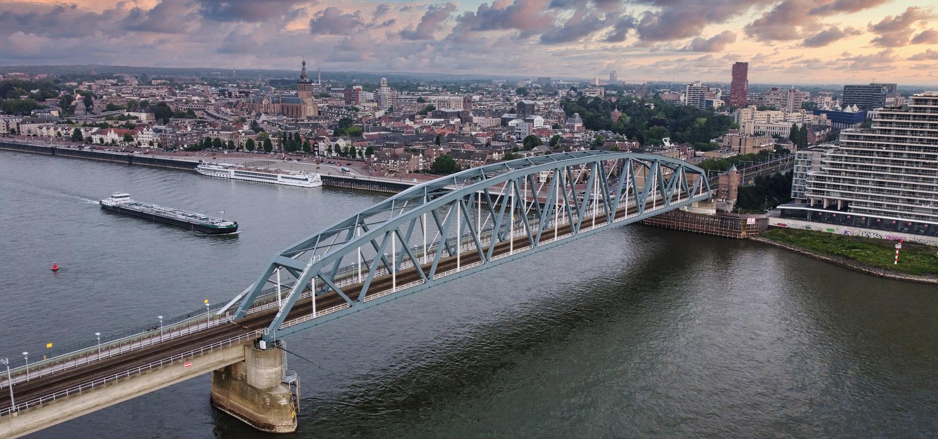 Peer-to-peer advisory in Nijmegen, Gelderland, Netherlands