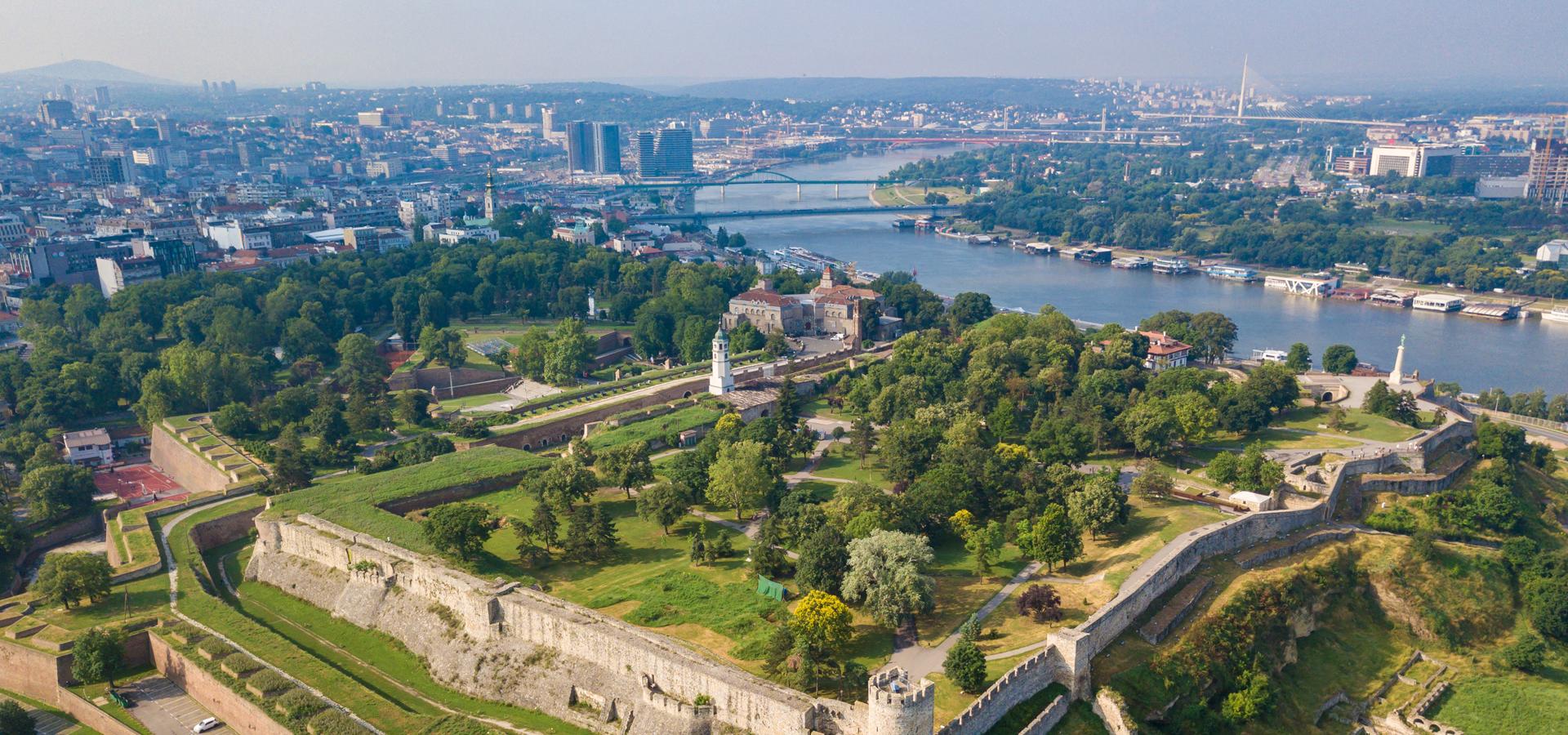 Peer-to-peer advisory in Belgrade, Serbia
