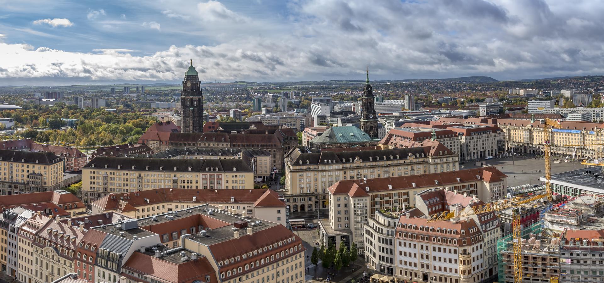 Peer-to-peer advisory in Dresden, Saxony, Germany