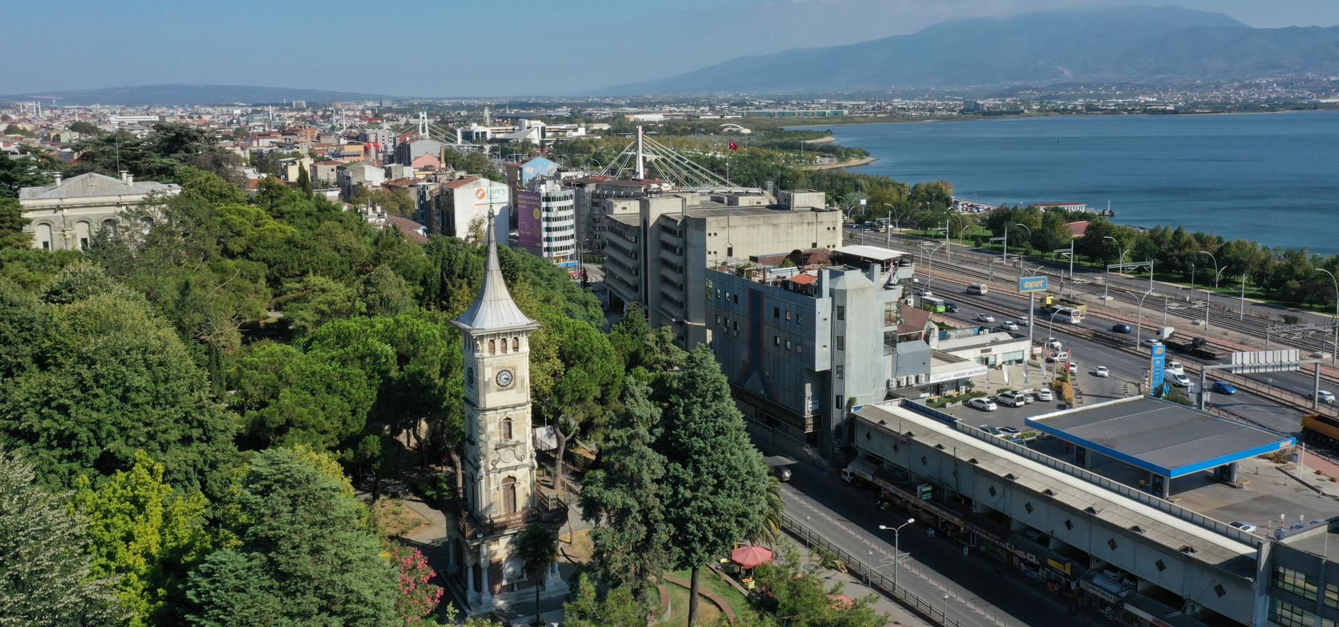 Peer-to-peer advisory in İzmit, Kocaeli Province, Turkey