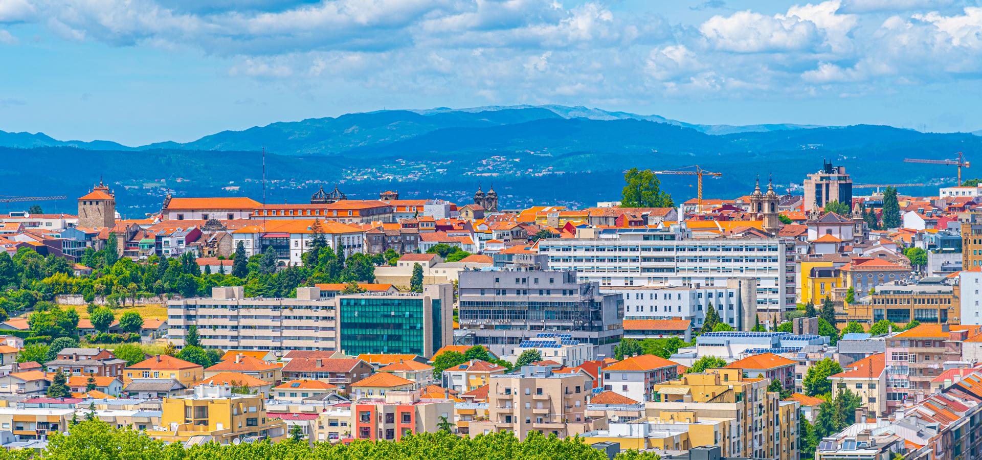 Peer-to-peer advisory in Braga, Norte Region, Portugal