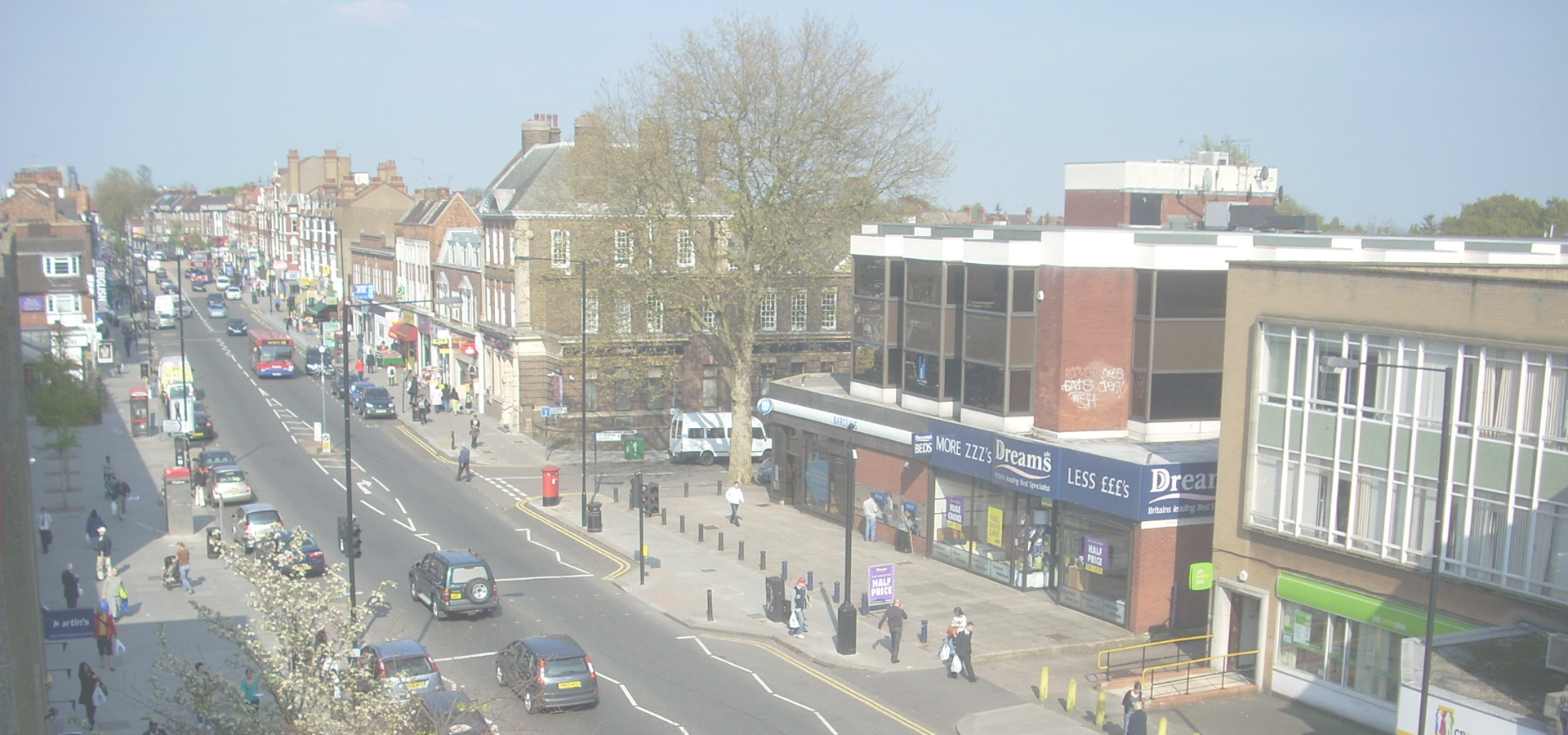 Peer-to-peer advisory in Finchley, Greater London, England, Great Britain