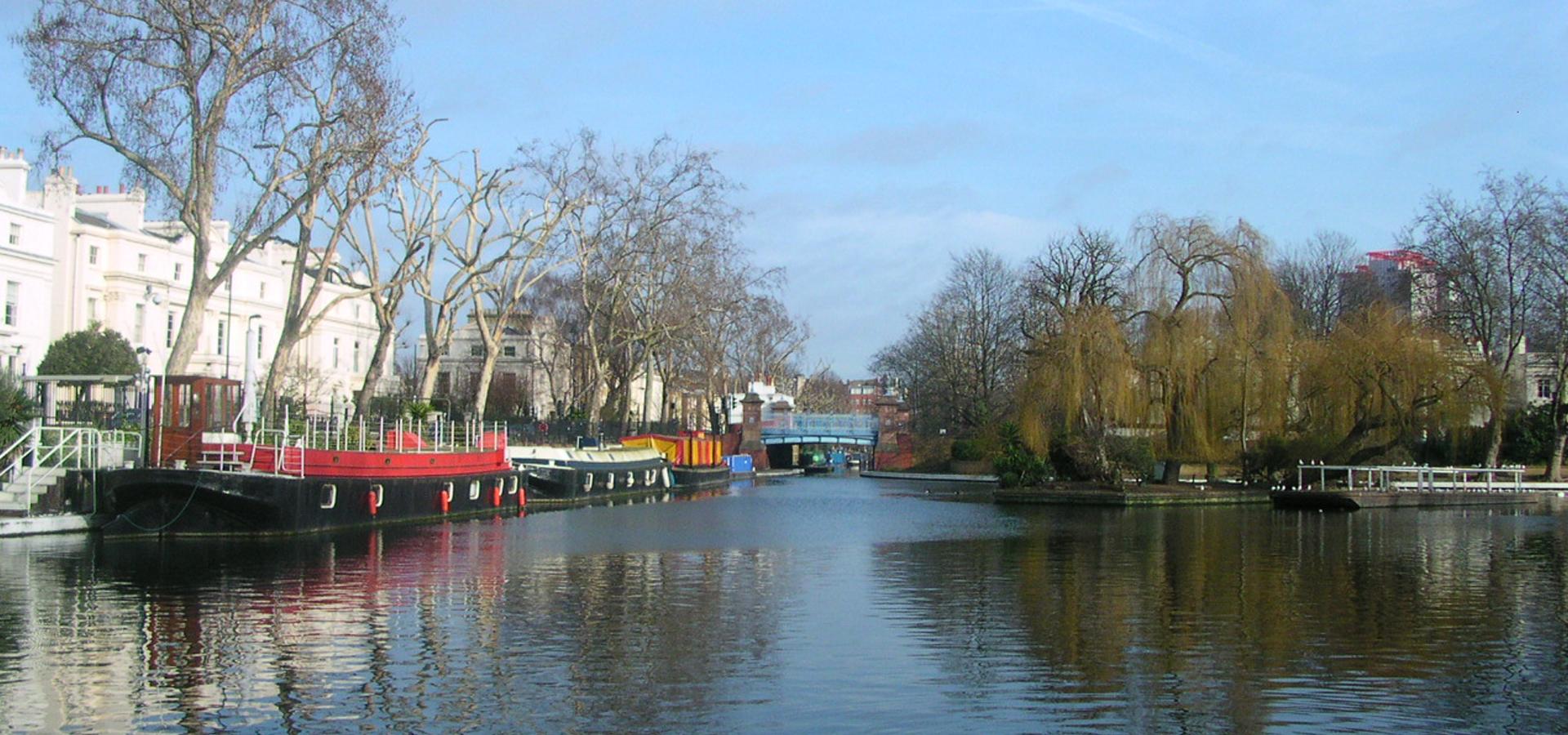 Peer-to-peer advisory in Maida Vale, Greater London, England, Great Britain
