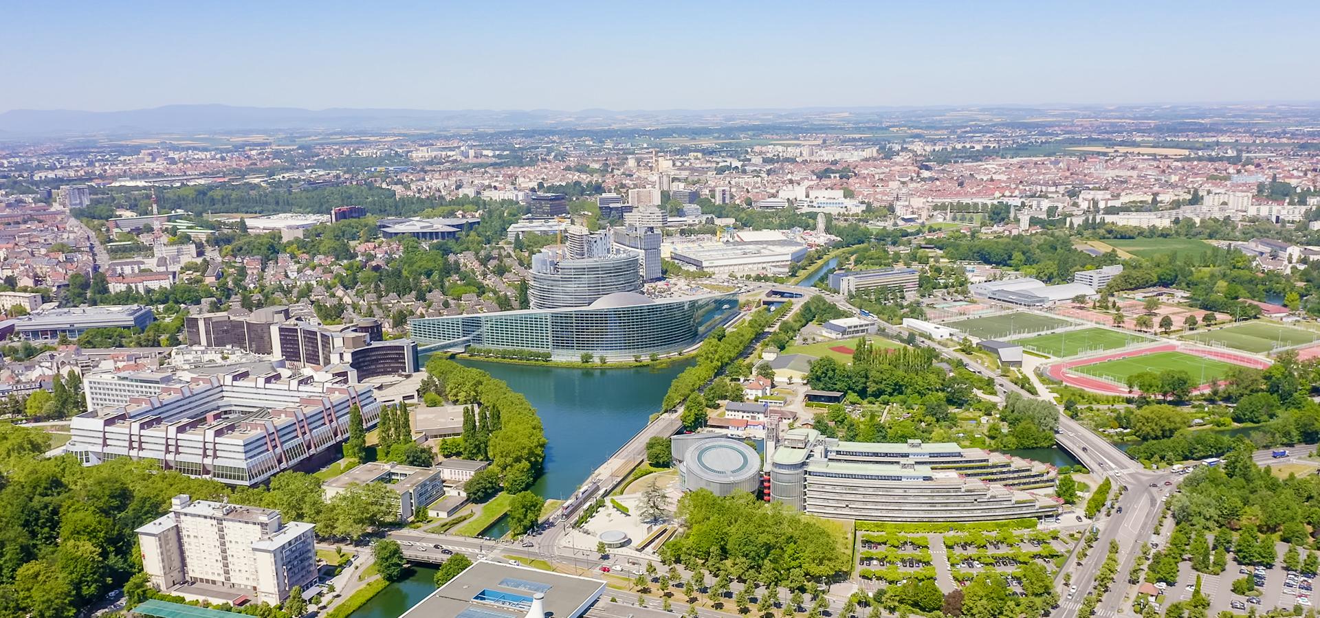 Peer-to-peer advisory in Strasbourg, Bas-Rhin Département, Grand Est, France