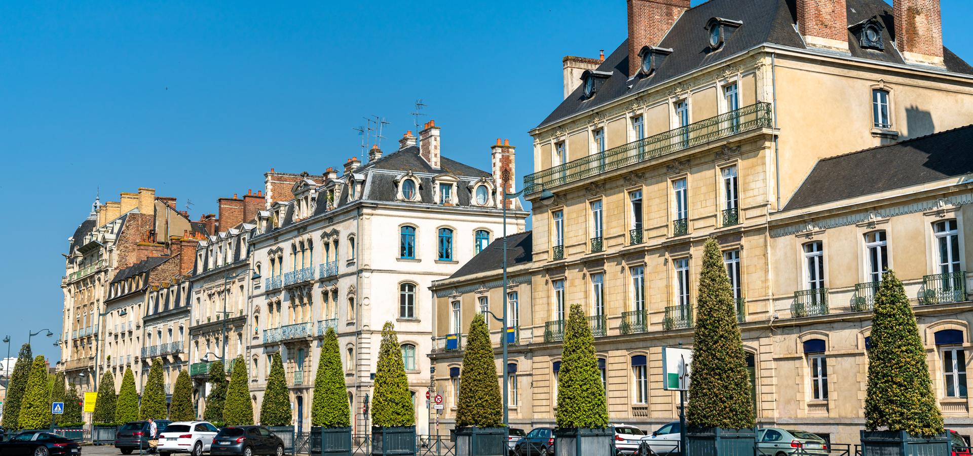 Peer-to-peer advisory in Rennes, Ille-et-Vilaine Département, Brittany, France