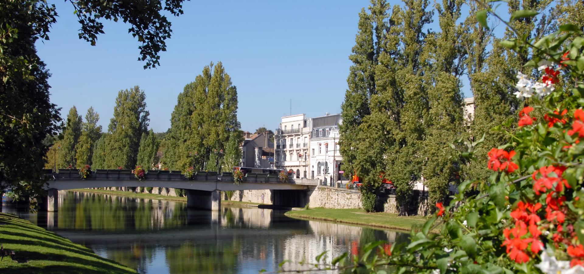 Peer-to-peer advisory in Chailly-en-Bière, Seine-et-Marne Département, Île-de-France, France