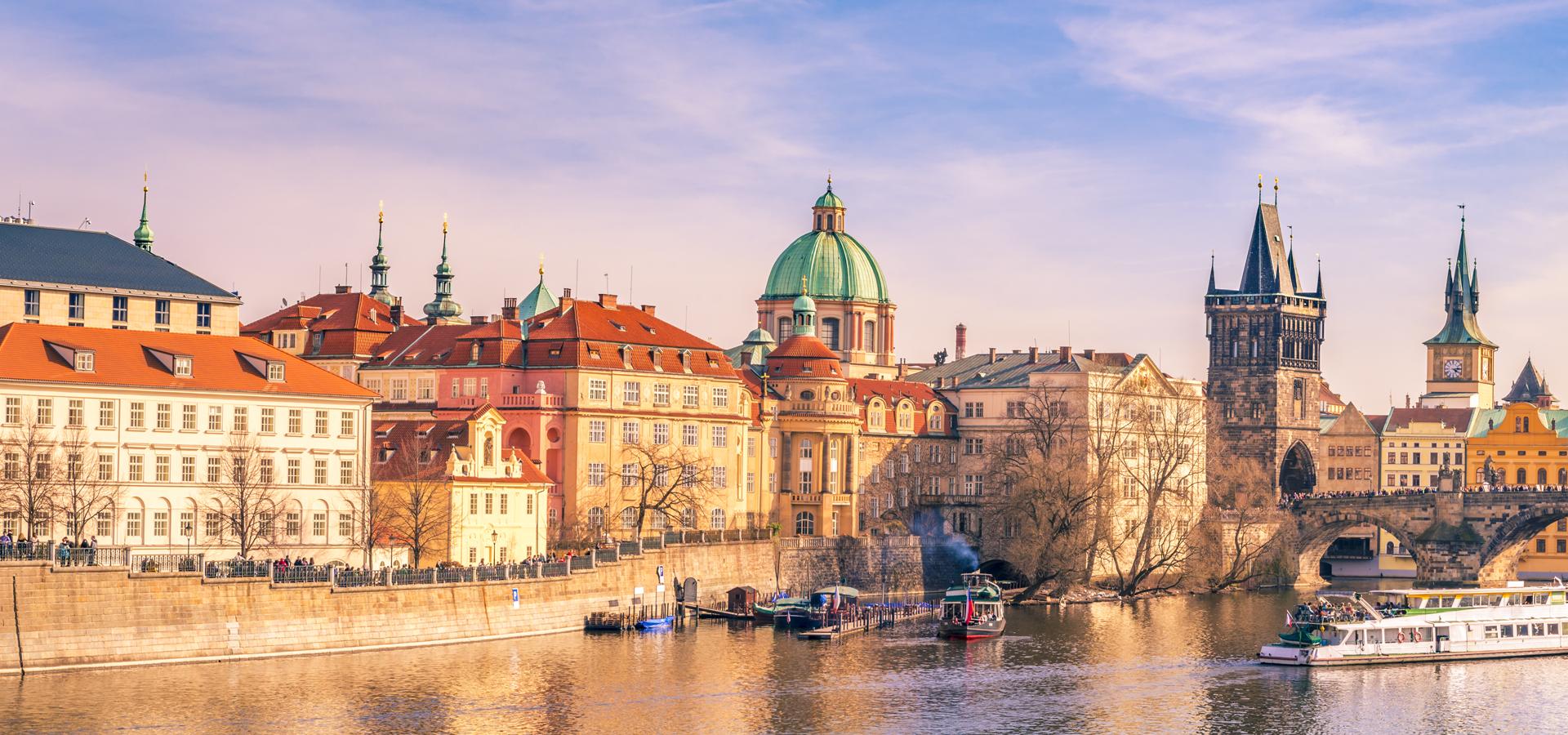 Peer-to-peer advisory in Prague, Czech Republic