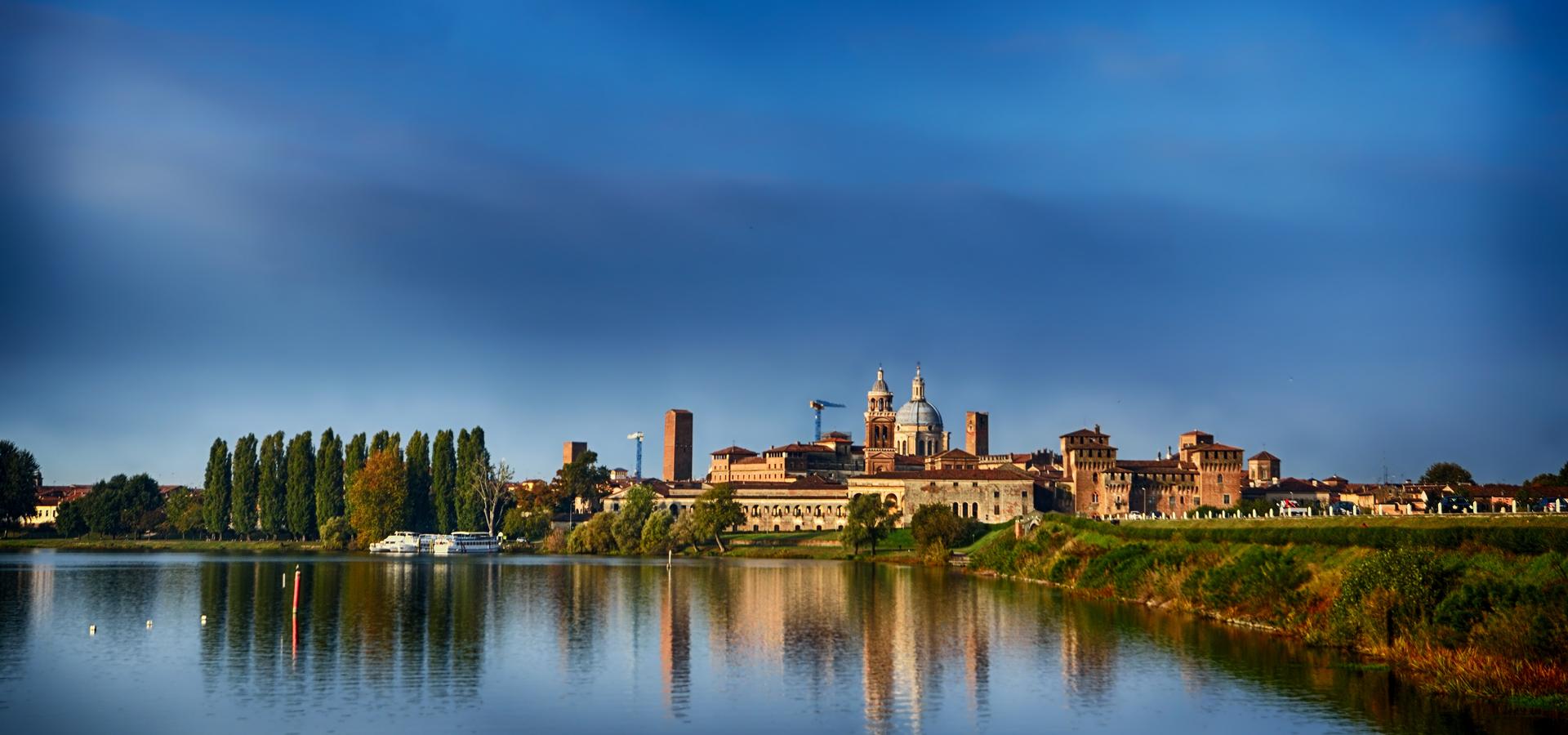 Peer-to-peer advisory in Mantua, Lombardy, Italy
