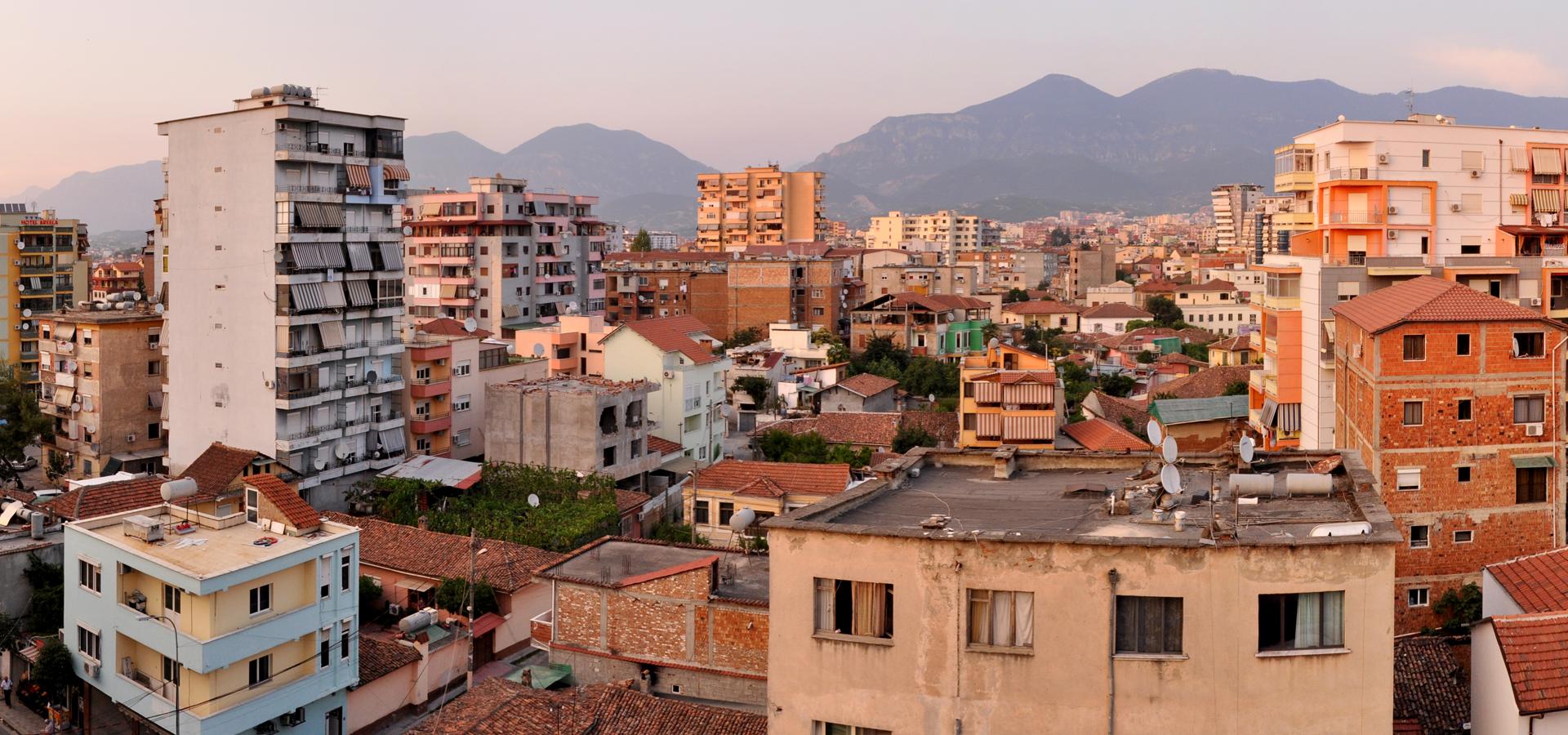 Peer-to-peer advisory in Tiranë, Qarku i Durrësit, Albania