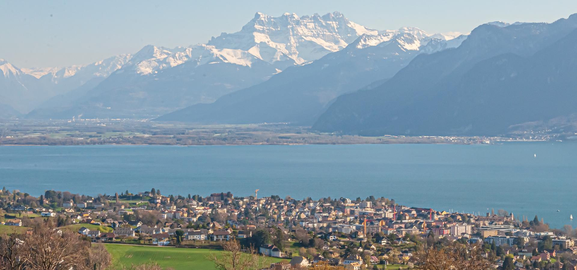 Peer-to-peer advisory in Montreux, Canton of Vaud, Switzerland